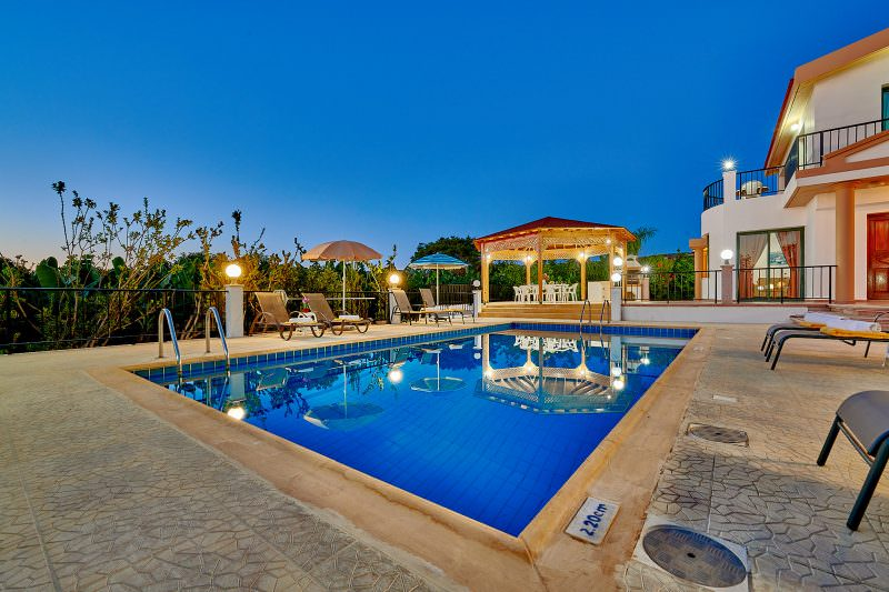 Cyprus_property_photography_for_sale_slideshow_uncropped-0029