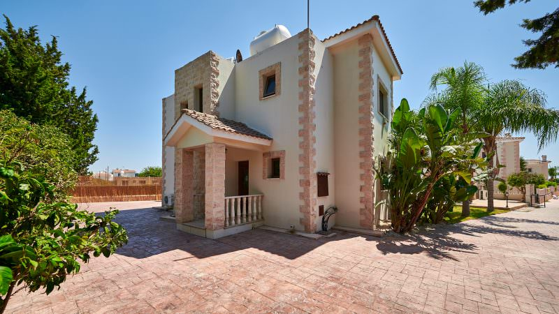 Cyprus_property_photography_for_sale_slideshow_uncropped-0048