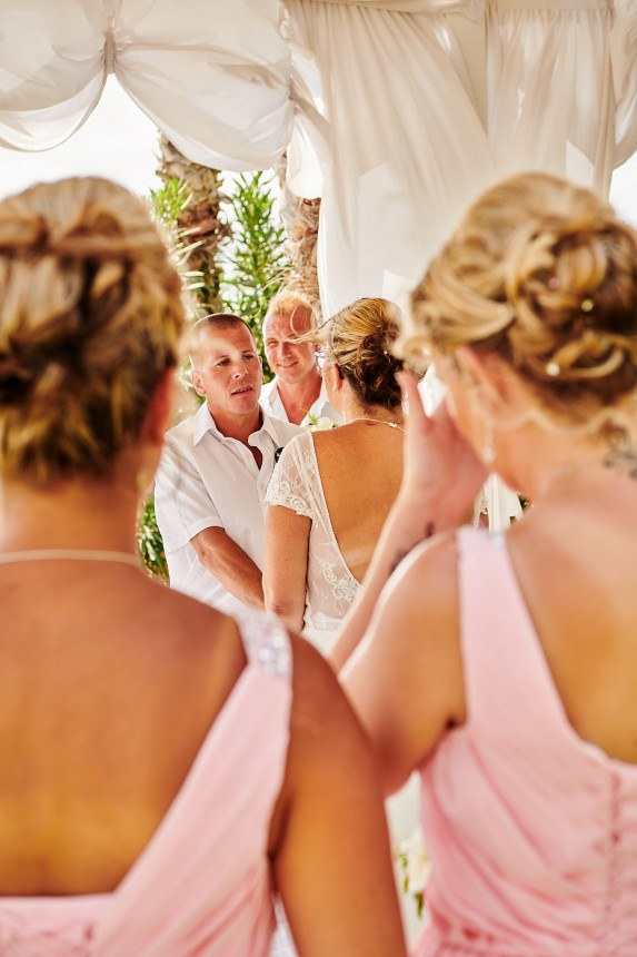 The Wedding of Lorraine and Robbie in the Louis Phaethon Beach Club Hotel in Pafos, with a quick trip on the wedding bus